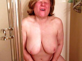 Marie Cums Soooo Hard In The Shower