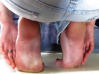 Barefoot Jeans