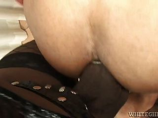 Nasty Tranny Opens Tight Ass To Get Rammed By His Dick