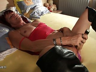 Kinky Mature Mother Mirian Gets Wet And Wild