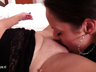 Mature Mom Fucks Not Her Young Daughter