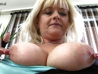 Big Breasted Blonde Mom With Hungry Vagina