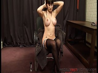 Modelsfirstaudition Babe Amanda And Her Soorgasm Attempt