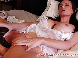 Brunette Milf Uses Black Dildo