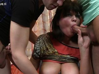 Amateur Mom Next Door Fucking Two Guys At Once