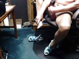 Crossdresser In Pantyhose Cumming