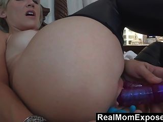 Young Mom Has A Thirst For Cum