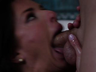 Veronica Avluv Is An Absolute Bombshell Milf Who Loves To Fu