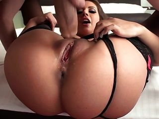 Jynx Maze Gets Her Ass Crack Attacked