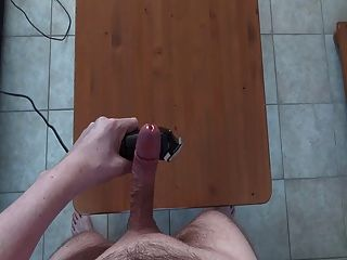 Huge Hands Free Cumshot