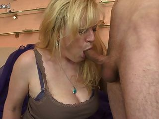 Amateur Real Mother Fucked By Young Boy
