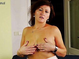 Sexy Mature Cougar Needs A Good Fuck