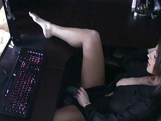 Nikki S. Masturbation