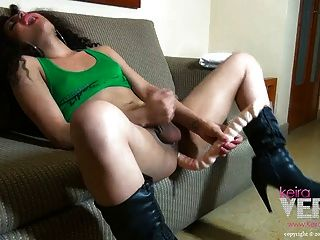 Sexy Teen Shemale Keira Verga In Green