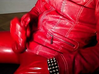 Red Latex Milking