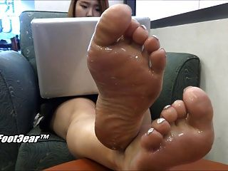 Korean Foot Goddess