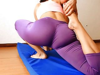 Tight Ass Teen Stretching And Doing Hot Yoga. Ass N Cameltoe