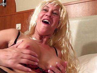 Naughty Mature Housewife Pleasing Herself