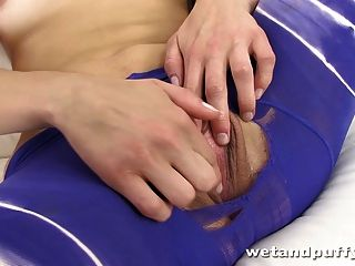 Amateur Czech Teen In Her First Toy Induced Orgasm