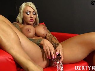 Filthy Pornstar Dani Andrews Cums On Her Dildo