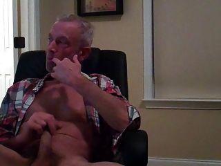 Fun Time Watching Gay Porn
