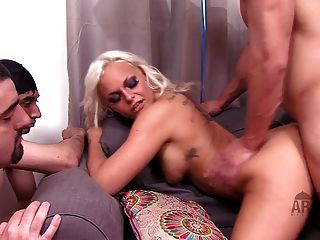 Mistress Fucks Her Boyfriend In Front Of Her 2 Arab Husbands
