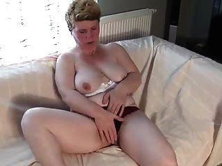 Chubby Milf Matilda Masturbating By Snahbrandy