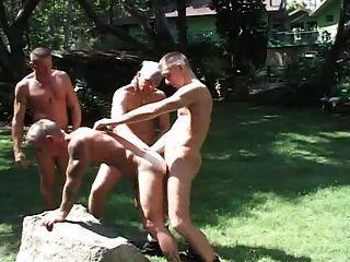 Orgia Apelera Al Aire Libre Parte 2