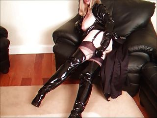 Masturbating In Nylons And Kinky Boots Part2
