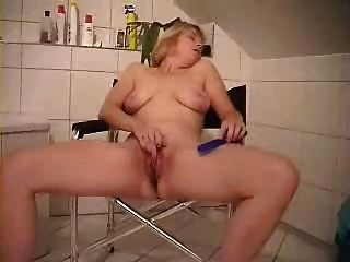 Cute Mature Wife Masturbates In Front Of Cam
