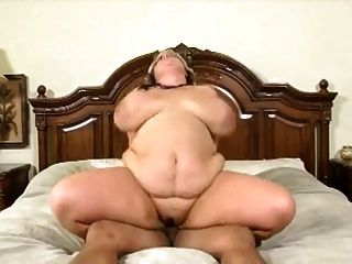 Sexy Big Fat Woman Having Her Ass Creamed Inside