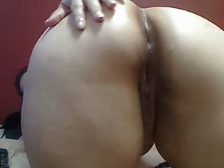Bbw Latina Shows Her Ass