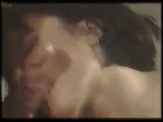 Melody Kiss - Initiation Erotique