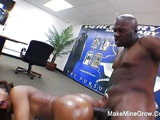 Hot Ebony Screwed By Huge Black Cock In Her Ass2
