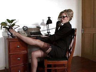Michelle Moist - Feeling Ravenous In The Office.