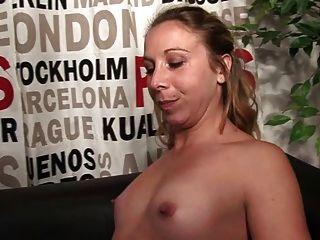 Femme Fontaine Se Fait Exploser Le Cul
