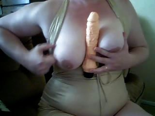 Chubby Mature Plays For Cam Pt2
