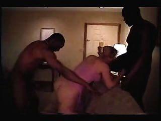 Interracial 3some 1