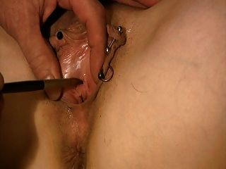 Slave Has Her Hole Played With