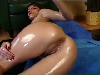 Oiled Slut And Her Toy