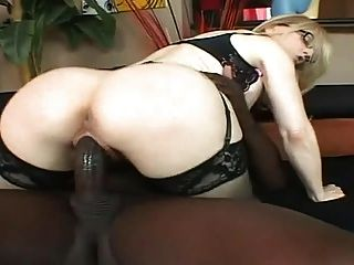 Nina Hartley With A Black..