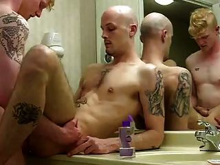 Sexy Tatted Couple Fuck In Bathroom
