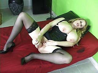Big Tits Curvy Asses 6 - Scene 2 (kore Goddess)
