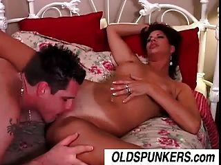 Very Sexy Milf Vanessa Videl Fucks A Lucky Younger Guy