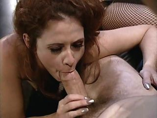 Kinky Anal Slut Gets Fucked On The Leather Sofa
