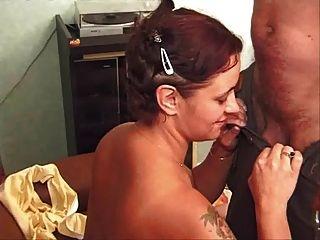 Debutante Avec Un Hardeur