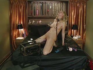 Live Bondadge Show Crazy Orgasms