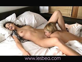 Lesbea Sensual Lover Eufrat Gets Very Wet