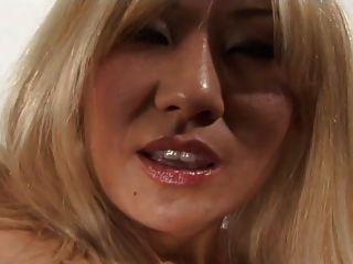Asian Anal Milf Vanity Lynn