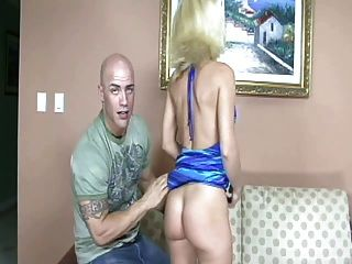 Horny Blonde Giving Nice Blowjob And Fucking